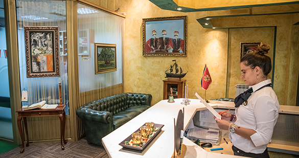 staff hotel kerber